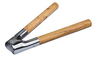 Odrohovací kleště ocelové s dřevěnými držadly